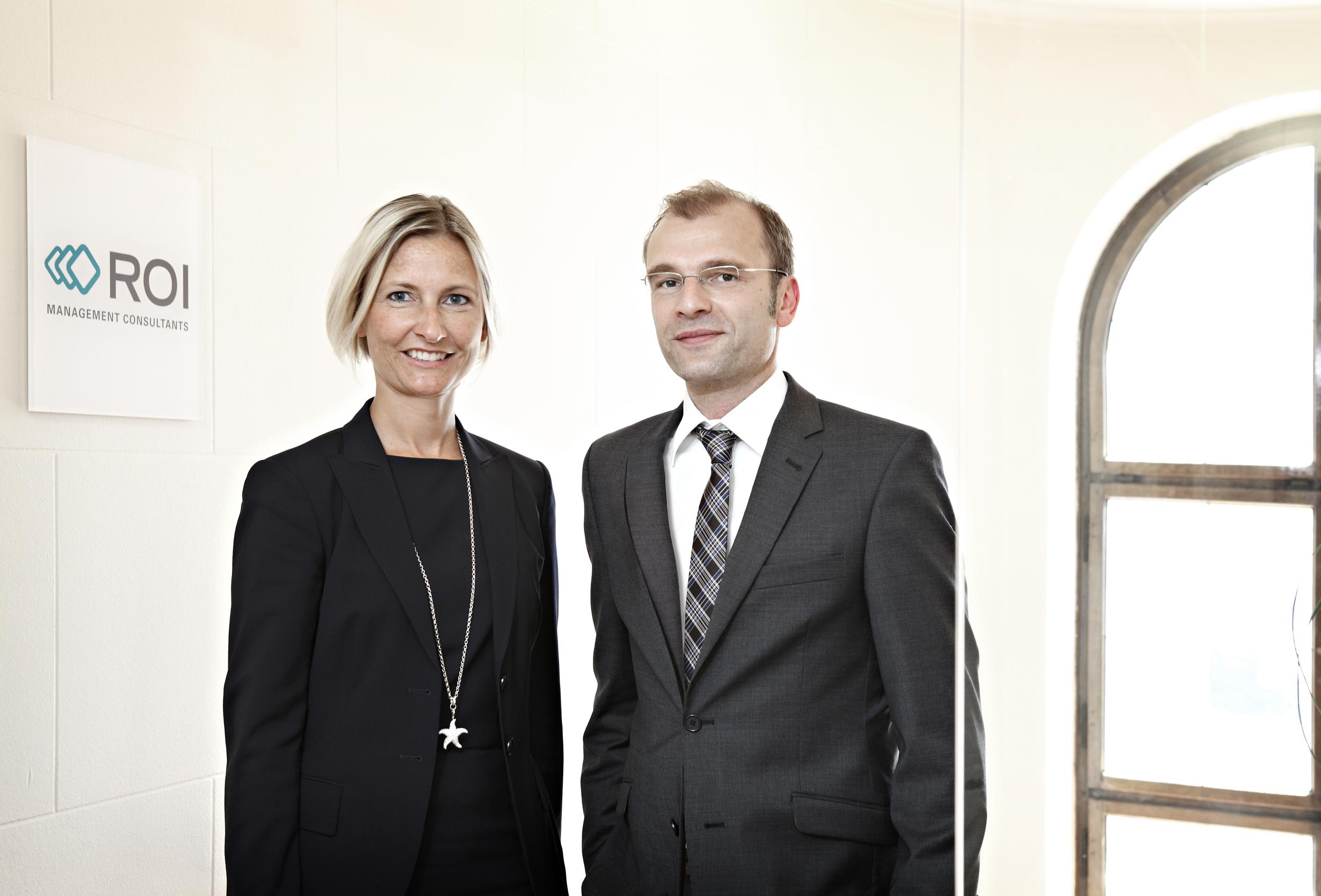 Foto von einer Frau und einem Mann